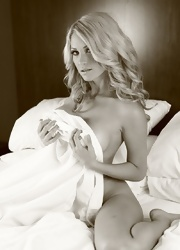 Shannyn Teases In The Sheets - Picture 11